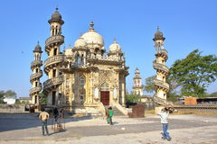 JUNAGADH, GUJARAT INDIA, GRUDZIEŃ, - 31, 2013: Mahabat Maqbara mauzoleum obrazy royalty free