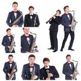Jung bemannt das Spielen auf Saxophon und Klarinette. Stockbilder