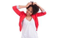 Junge Afroamerikanerfrau, die Flechten bildet Stockfoto