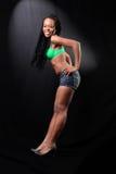 Junge afroe-amerikanisch Frau im Büstenhalter Lizenzfreies Stockfoto