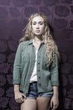 Junge amerikanische blonde weibliche Mode Lizenzfreie Stockfotografie