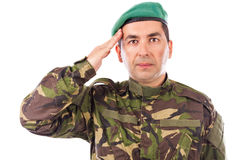 Junge Armeesoldatbegrüßung lokalisiert Lizenzfreies Stockfoto