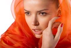 Junge attraktive Badekurortfrau getrennt auf Weiß Stockfotos