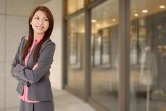 Junge attraktive Geschäftsfrau Lizenzfreie Stockfotos