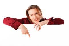 Junge attraktive lächelnde Geschäftsfrau Lizenzfreies Stockbild