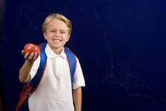 Junge betriebsbereit zur Schule Lizenzfreie Stockfotografie