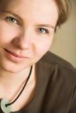 Junge blonde erwachsene kaukasische Frau Lizenzfreie Stockfotos