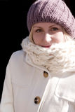 Junge blonde Frau mit Hut Stockfoto