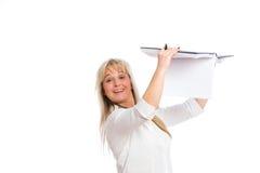 Junge blonde Geschäftsfrau ist Lizenzfreie Stockbilder
