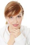 Junge blonde jugendlich Frau im Bademantel Lizenzfreies Stockfoto