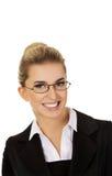 Junge blonde Lächelngeschäftsfrau Lizenzfreie Stockfotografie