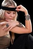 Junge Blondine mit geschlossenen Augen Lizenzfreie Stockfotografie