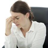 Junge BrunetteGeschäftsfraukopfschmerzen Stockfotos