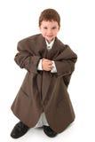 Junge in der großen Klage Stockbild