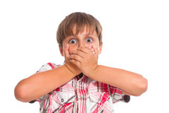 Junge, der sehr entsetzt schaut Stockbilder