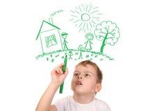Junge, der seine Familie durch felt-tip Feder, Collage zeichnet Stockbild