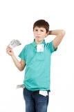 Junge, der tschechische Kronenbanknoten hält Stockbilder