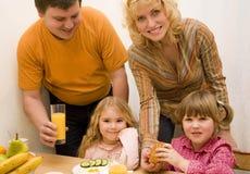 Junge Familie Lizenzfreies Stockbild