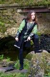 Junge Frau in der mittelalterlichen Klage Lizenzfreies Stockbild