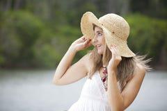 Junge Frau der Schönheit Lizenzfreies Stockfoto