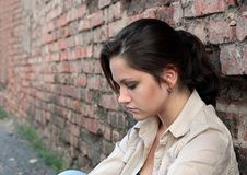 Junge Frau in der Verzweiflung Stockbild