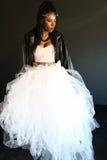 Junge Frau des hübschen Afroamerikaners Lizenzfreies Stockbild