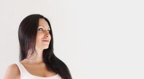 Junge Frau des schönen Brunette stockfotografie