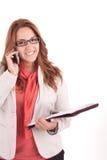 Junge Frau, die auf Handy spricht Lizenzfreies Stockfoto
