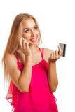 Junge Frau, die online kaufen tut Stockfotografie