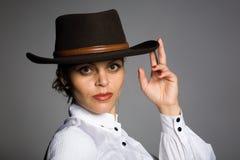 Junge Frau in einem weißen Hemd. Lizenzfreies Stockbild