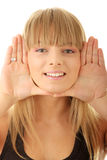 Junge Frau gestalten ihr Gesicht stockfotografie