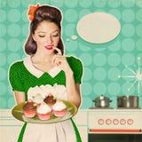 Junge Frau hält süße kleine Kuchen Retro Plakathintergrund Stockbilder