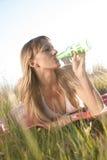 Junge Frau im Bikini Lizenzfreie Stockfotos