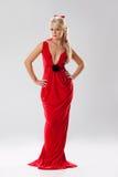 Junge Frau im roten Kleid Lizenzfreie Stockbilder