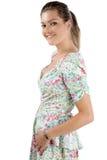 Junge Frau im Sommerkleid Stockfotografie