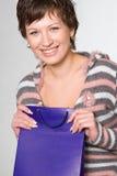 Junge Frau mit Einkaufstasche Stockbilder