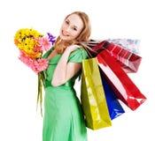 Junge Frau mit Einkaufstasche. Lizenzfreie Stockfotografie