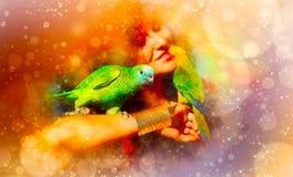 Junge Frau mit Farbpapageien und weich unscharfem Aquarellhintergrund lizenzfreie stockbilder