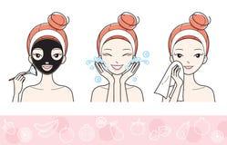 Junge Frau mit Gesichtsmasken-Schritt Lizenzfreies Stockfoto