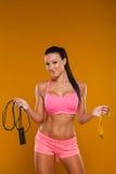 Junge Frau, mit gesunder sportlicher Abbildung mit Stockbilder
