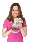Junge Frau mit MiniEinkaufswagen Lizenzfreies Stockfoto