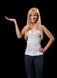 Junge Frau mit Palme oben Stockfotos