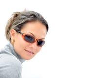 Junge Frau mit Sonnenbrillen Stockbild