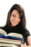 Junge Frau mit Stapel Büchern getrennt auf Weiß Lizenzfreies Stockbild