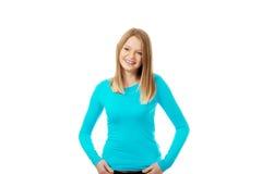 Junge Frau mit toothy Lächeln Lizenzfreies Stockfoto