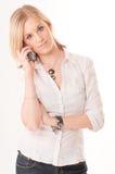 Junge Frau am Telefon Lizenzfreies Stockbild