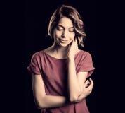 Junge Frauen-Denken stockfotografie