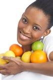 Junge Frauen-Holding-Zitrusfrucht im Studio Lizenzfreie Stockfotografie