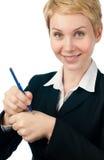Junge Geschäftsfrau, die Anzeige bildet Lizenzfreies Stockfoto
