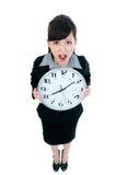 Junge Geschäftsfrau-Holding-Borduhr Lizenzfreies Stockbild